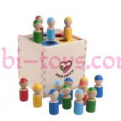 Разноцветные человечки в коробочке сортер